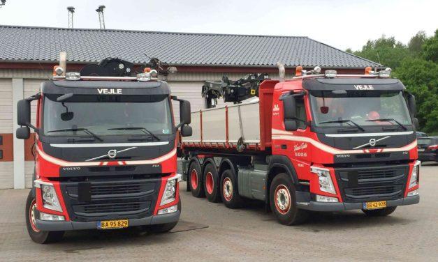 To nye 4-akslede kranbiler imødekommer stigende efterspørgsel