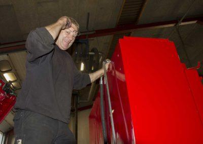 Knud Gade - Nye lastbilkraner opbygges 7