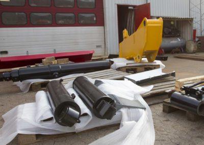 Knud Gade - Nye lastbilkraner opbygges 9
