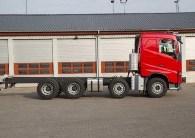 Knud Gade - Nye lastbilkraner opbygges 10