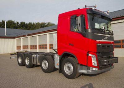 Knud Gade - Nye lastbilkraner opbygges 11