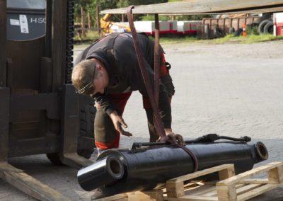 Knud Gade - Nye lastbilkraner opbygges 14