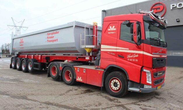 Ny Volvo trækker med Hardox tiptrailer