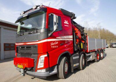 Knud Gade opruster vognpark med ny lastbilkran 4